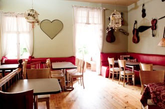 Image courtesy of Royale Eatery